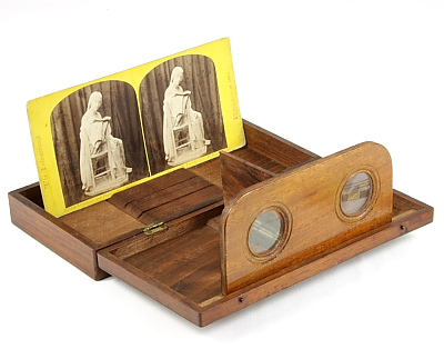Image of Folding Stereo Viewer